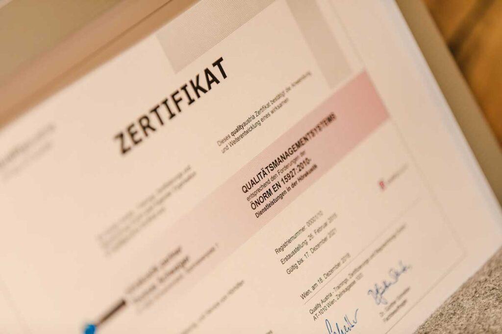 ZertifikatHoerakustik1